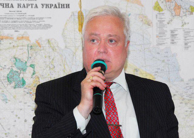 Заступник декана ННЦ «Інститут біології» доцент Балан Павло Георгійович